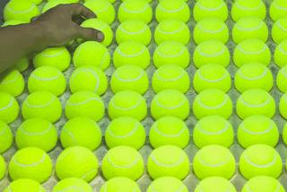 kako se prave teniske loptice?